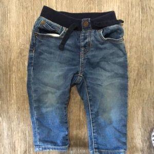 Gap jeans 6-12 months